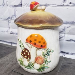 """Vintage 70s Merry Mushroom 9"""" Canister"""